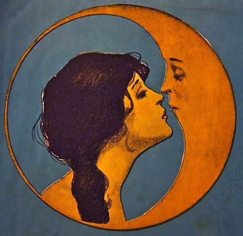 full moon kiss